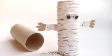 momia papel higienico